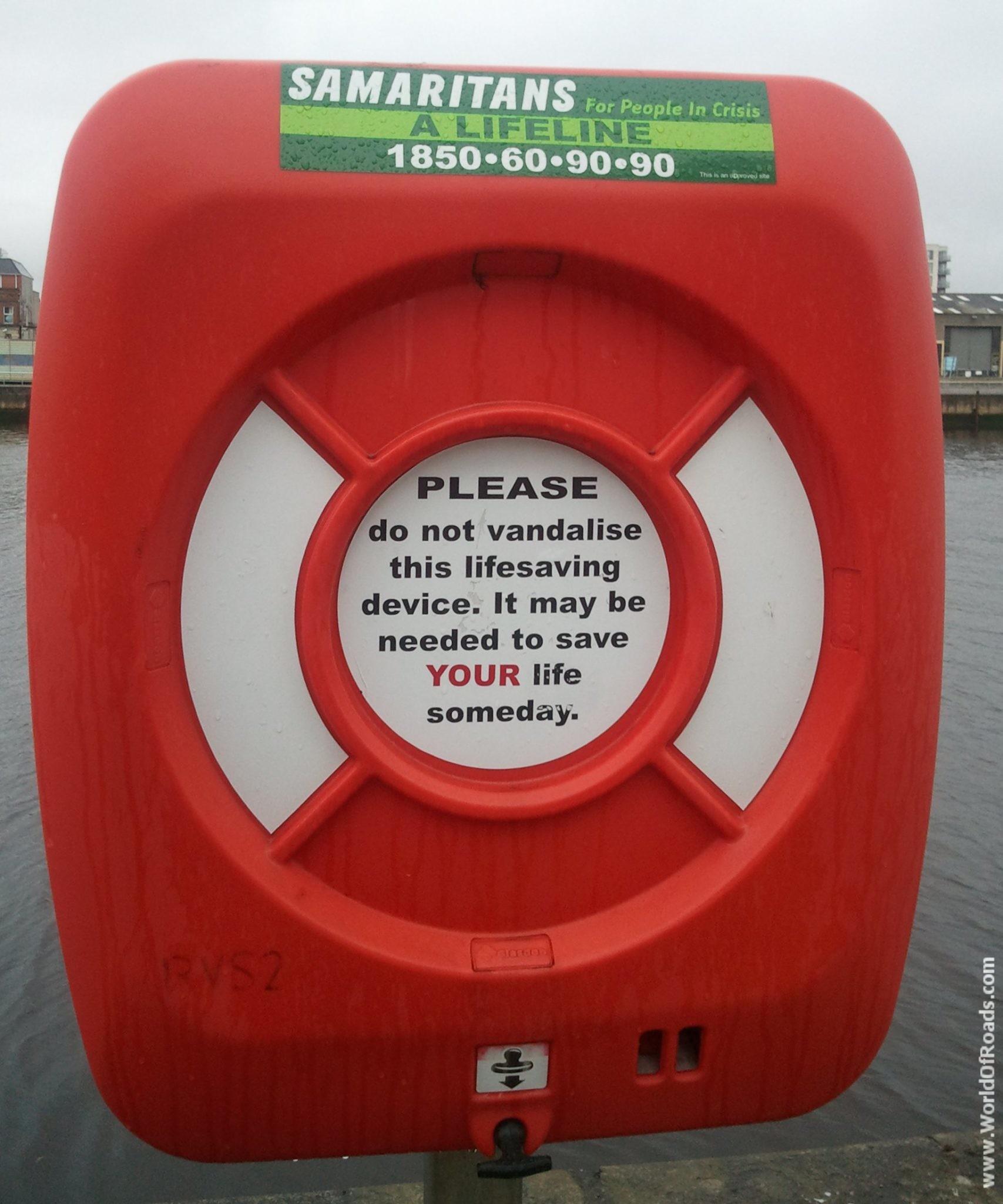 Спасательный круг. Дублин. Ирландия.