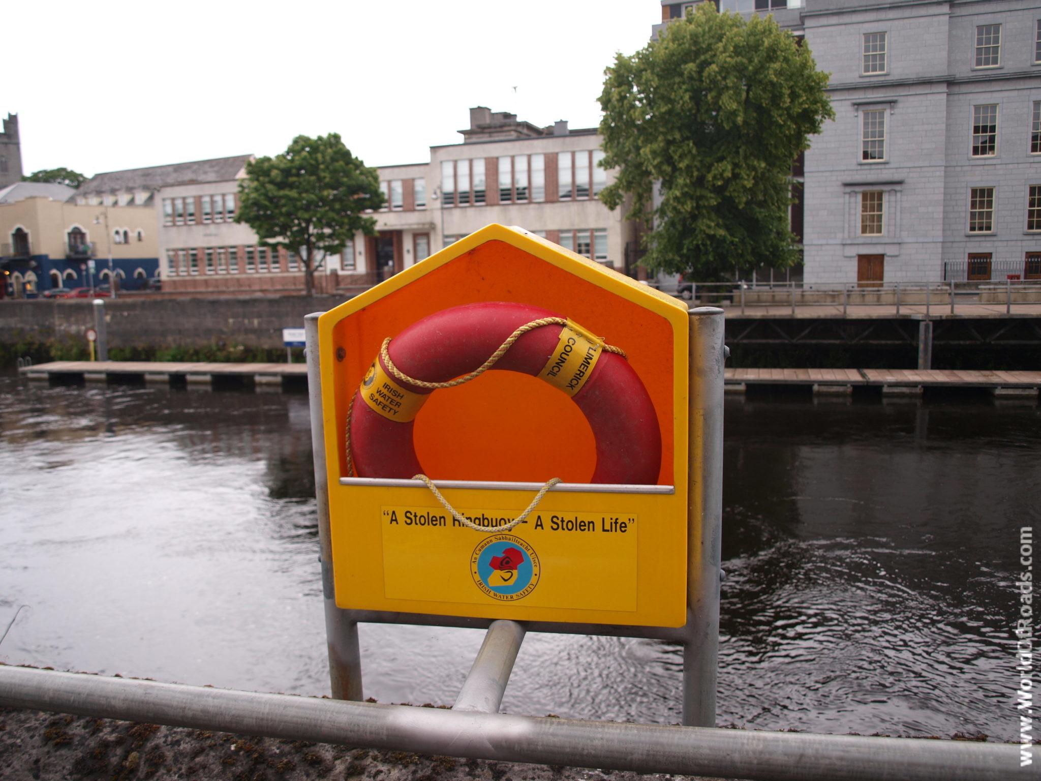 Спасательный круг. Лимерик. Ирландия.