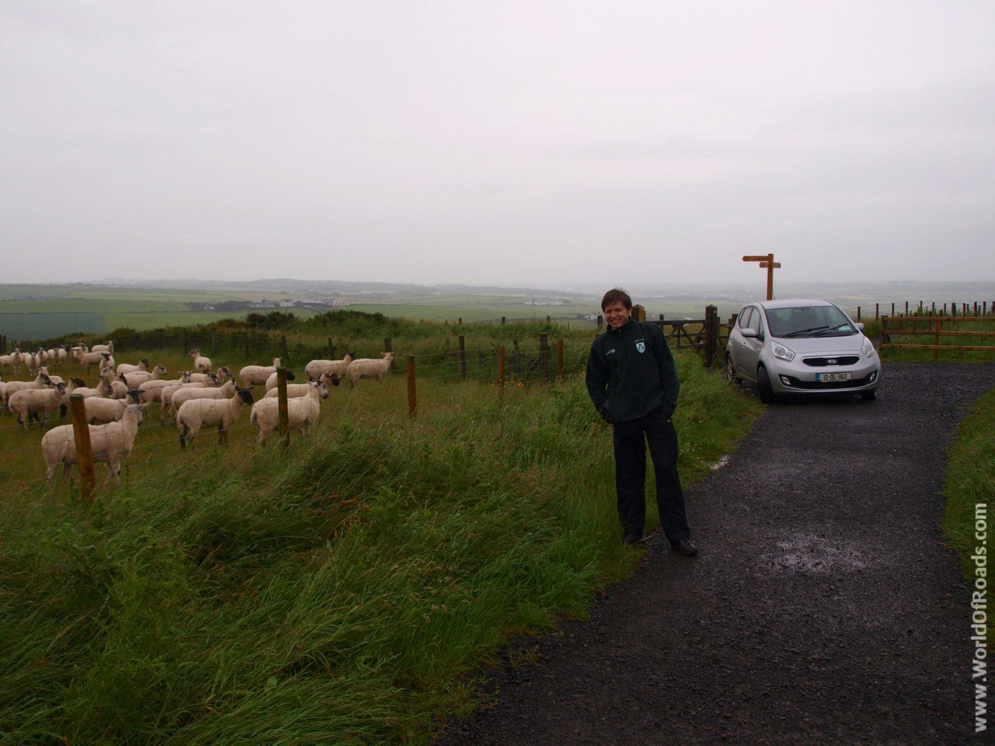 Приближаемся к Тропе Гиганта (Giant's Causeway). Северная Ирландия.