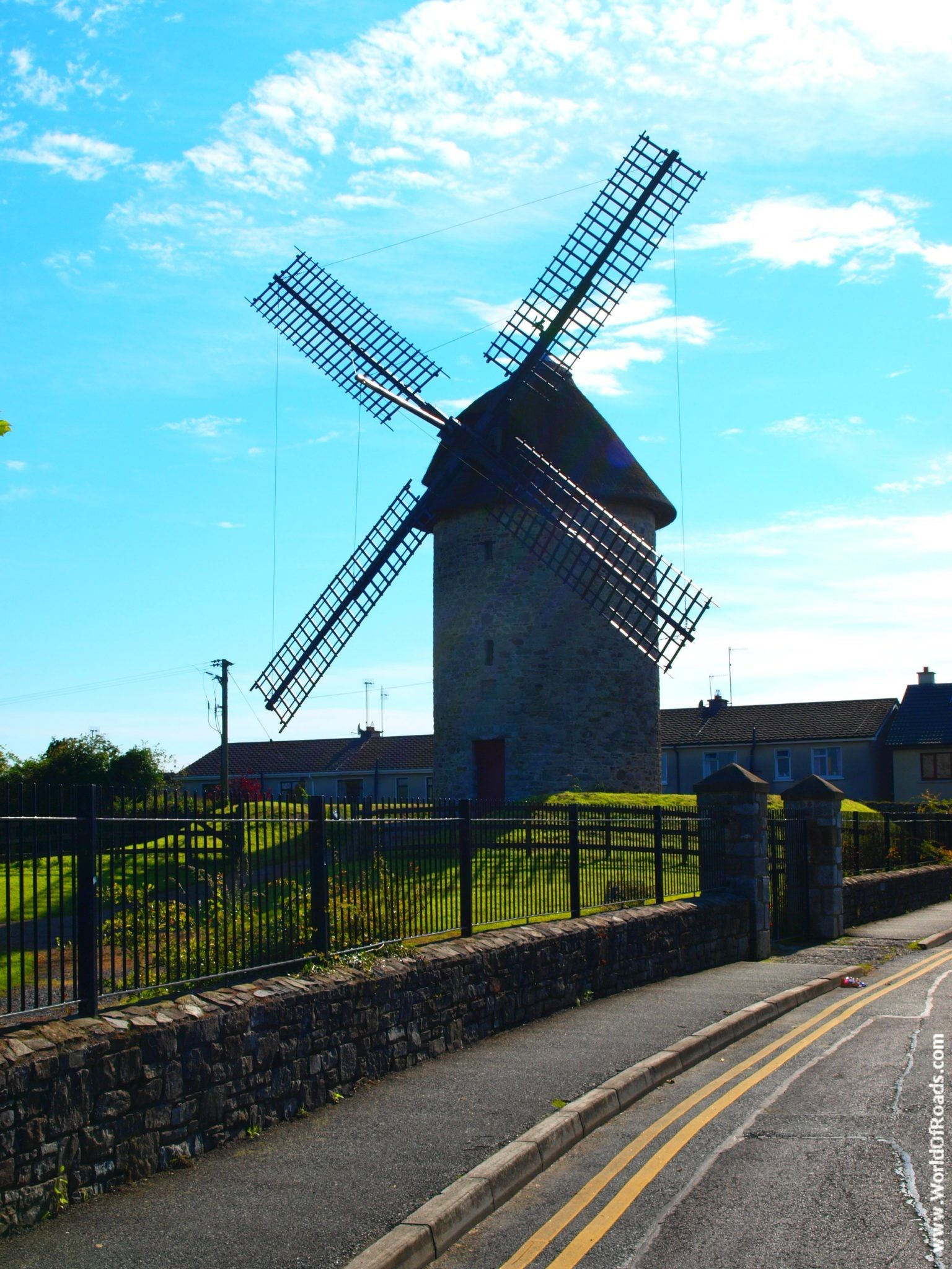 Мельницы Скерриес. (Skerries windmills). Ирландия.