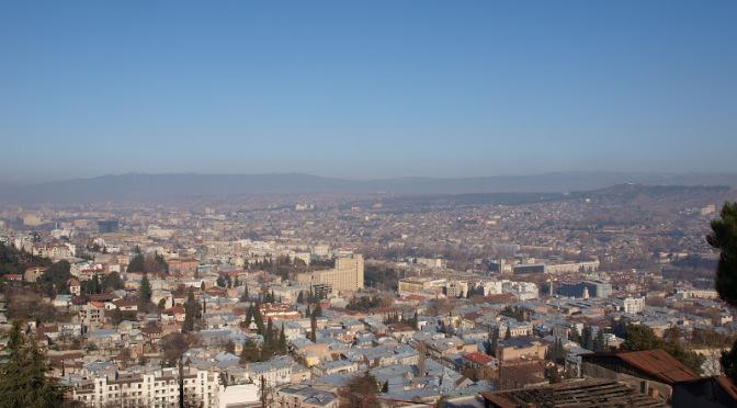 Тбилиси с высоты птичьего полета (Грузия)