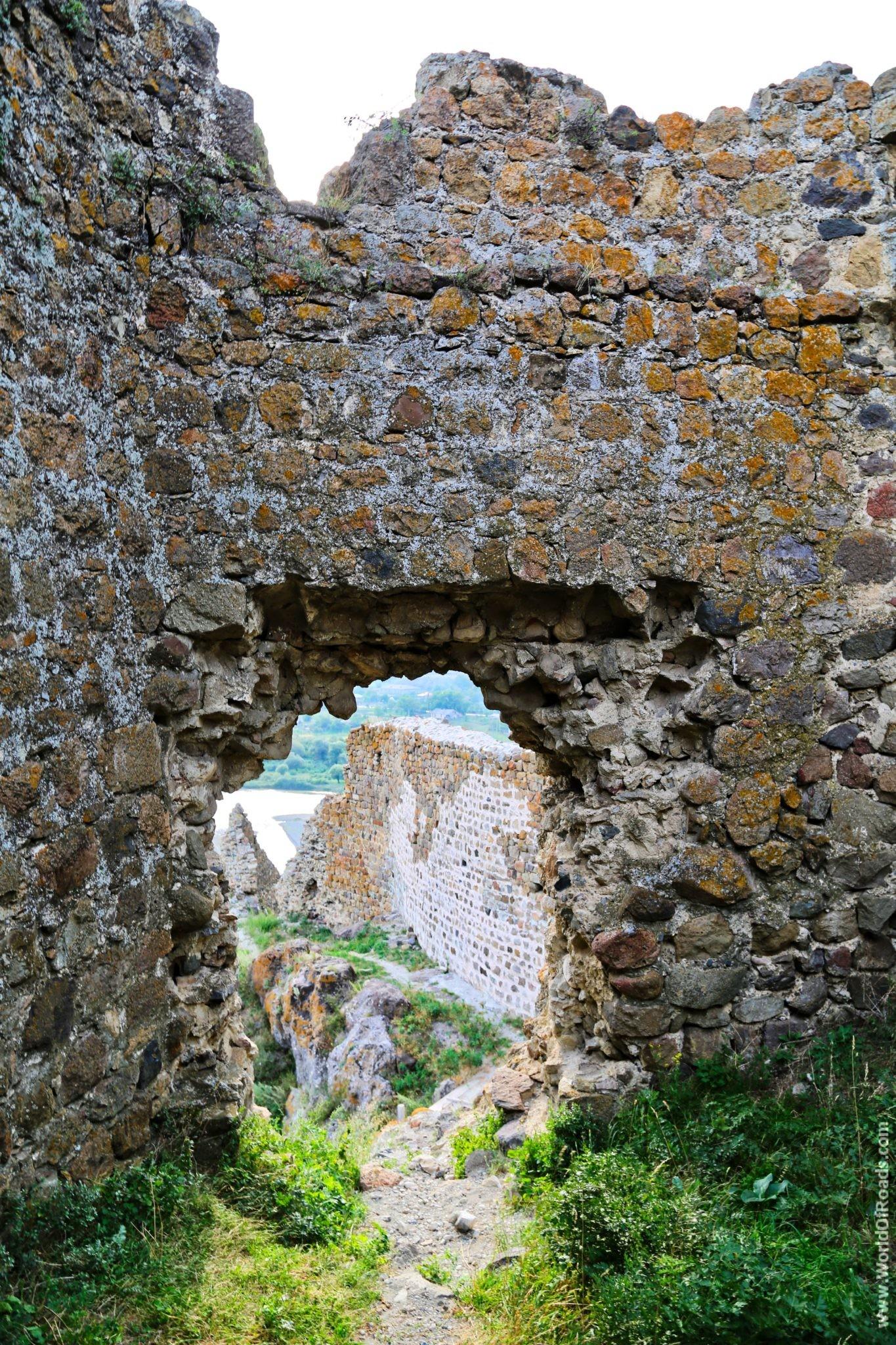 Крепостная стена. Ацкурская крепость.